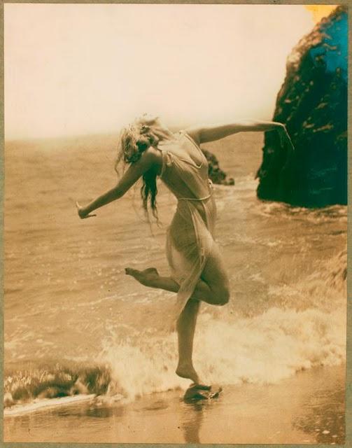 a modern dance pioneer