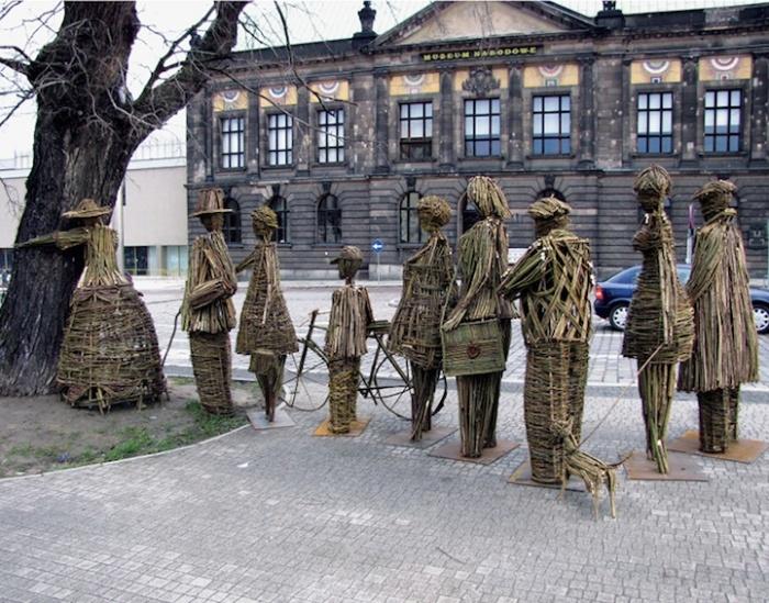 Lonely Tree, Lonely People, The Tree Hugger Project, Agnieszka Gradzik & Wiktor Szostalo, Πολωνία
