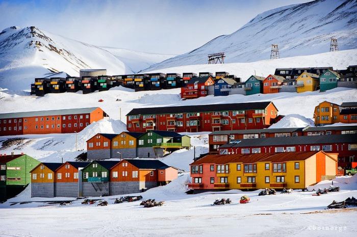 longyearbyen svalbard norway 2