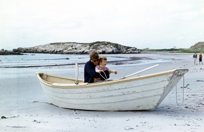 Two_JFKs_in_beached_rowboat,_1963