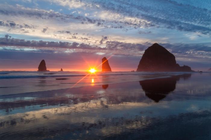 Haystack Rock, Oregon, USA
