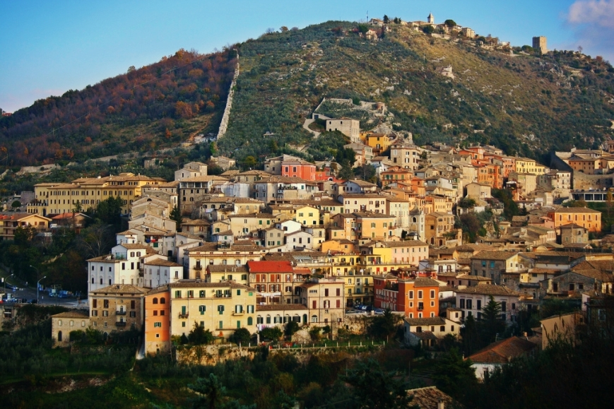 Arpino, a town near Frosinone, Southern Latium. Founded by the Volsci in the 7th century BC, it was the birthplace of Cicero and Gaius Marius.