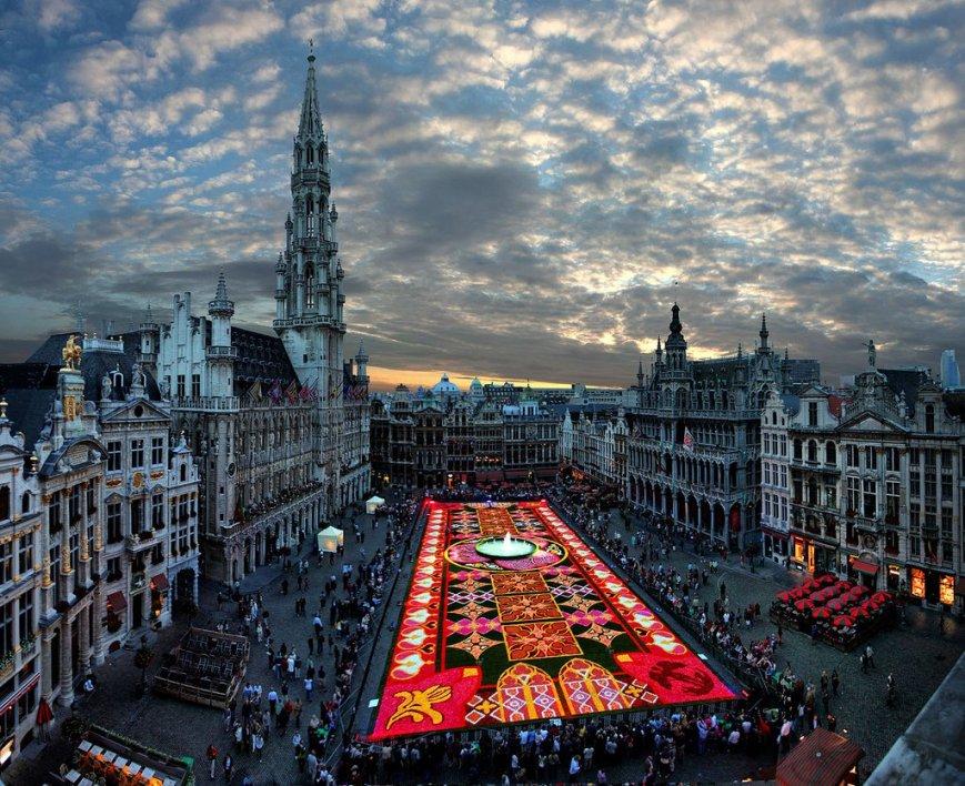 biggest flower carpet in the world, brussels