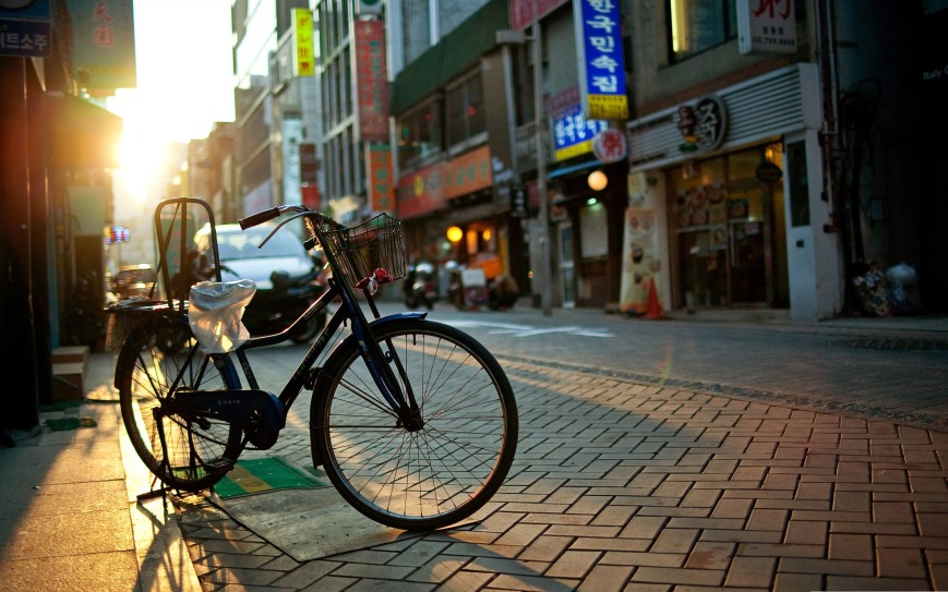 bicycle the urban landscape photography