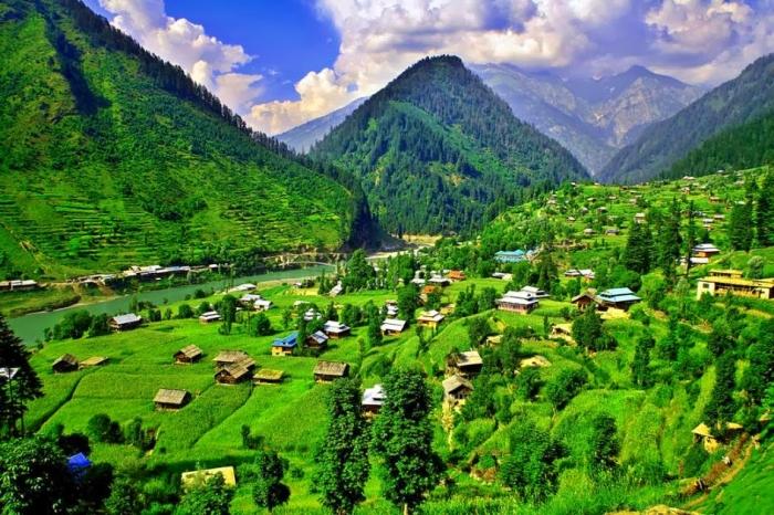Heaven on Earth! Kashmir Valley in Pakistan