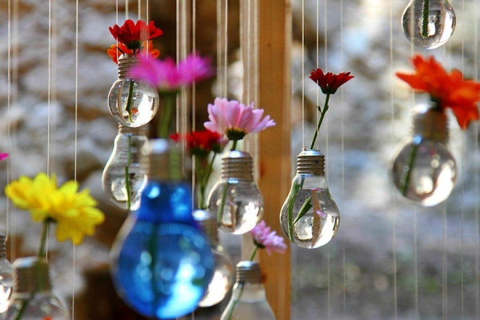 Ideas For Recycling Old Light Bulbs 101