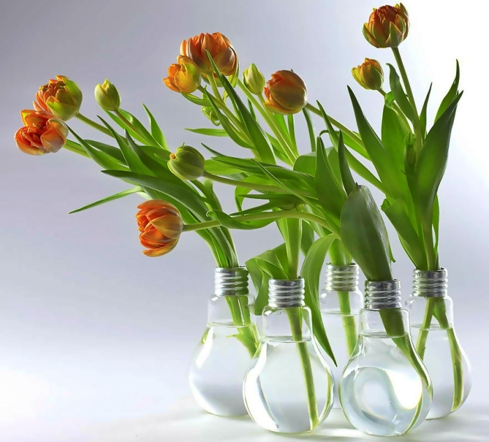 Ideas For Recycling Old Light Bulbs 18