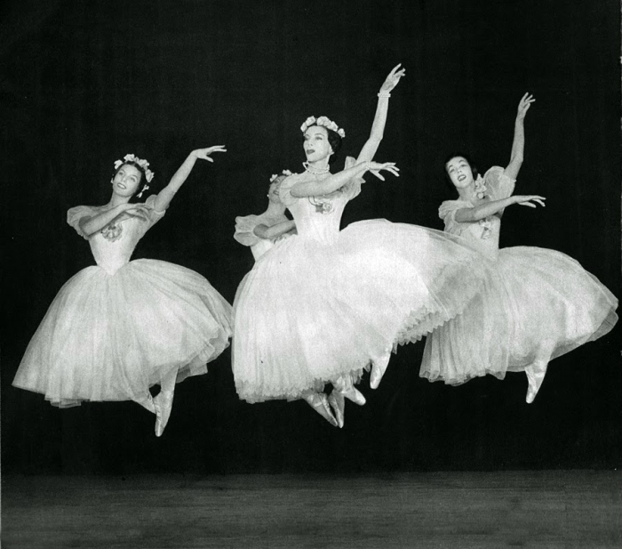 black and white ballet photography by Serge Lido from between the 1950s and 1960s